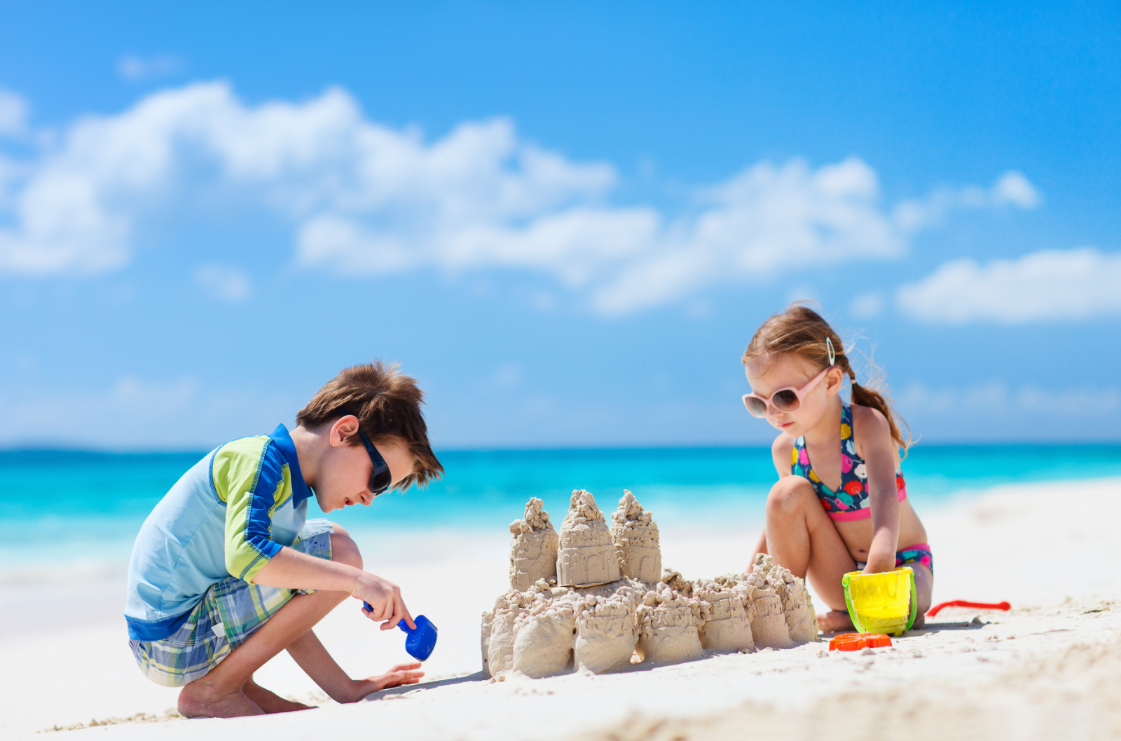 4 Essentials To Take To The Beach With Kids